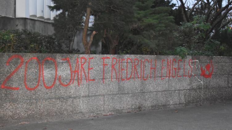 Berlin: Grafitti for 200 years of Friederich Engels